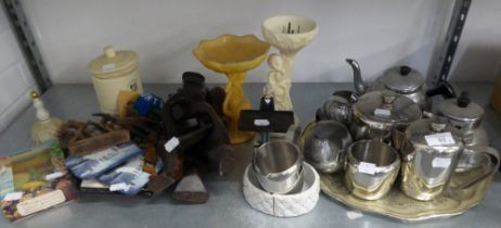MIXED LOT TO INCLUDE; STAINLESS STEEL TEA SET, ANOTHER TEA SET ON TRAY, A WOODEN CARVED STAND ETC...