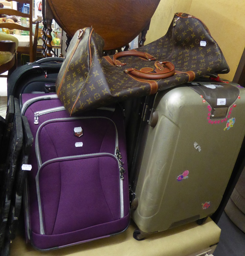 A LOUIS VUITTON REPLICA HOLDALL, TWO ANTLER SUITCASES AND TWO OTHER SUITCASES (5)
