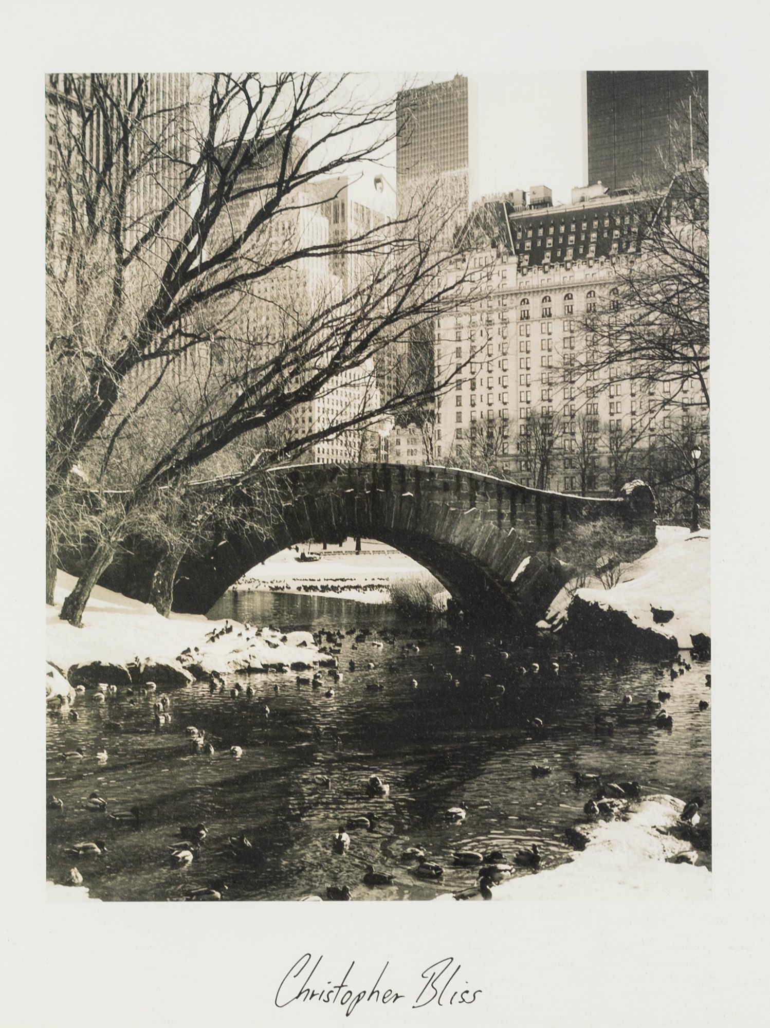 CHRISTOPHER BLISS (AMERICAN) TWO BLACK AND WHITE PHOTOGRAPHIC PRINTS New York Cityscapes each with - Image 3 of 4