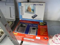 A BOXED DIGITAL PICTURE FRAME BY PRAKTICA AND A VIDEO DOOR ENTRY SYSTEM (2)