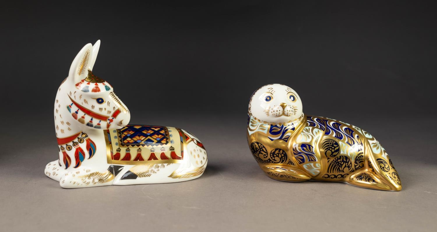 TWO MODERN ROYAL CROWN DERBY IMARI CHINA PAPERWEIGHTS, ?HARBOUR SEAL? and ?DONKEY?, both with gilt