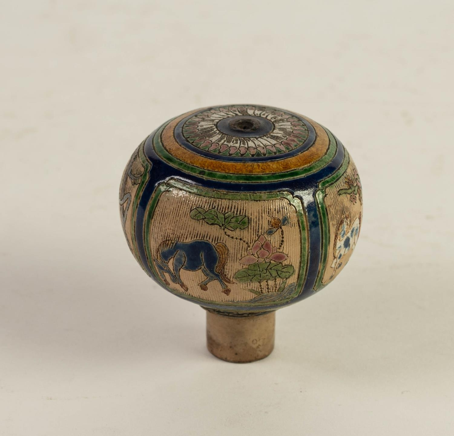 CHINESE QING DYNASTY PORCELANEOUS ORBICULAR KNOB OR FINIAL, incised and enamelled with four panels - Image 5 of 6