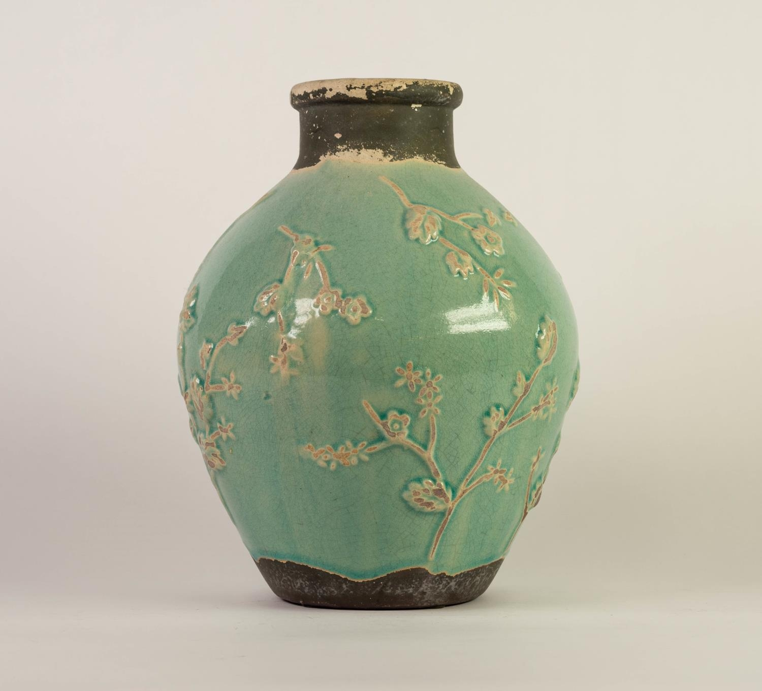 CHINESE PROVINCIAL WARE PORCELANEOUS OVOID VASE WITH SHORT CYLINDRICAL NECK, the principal body