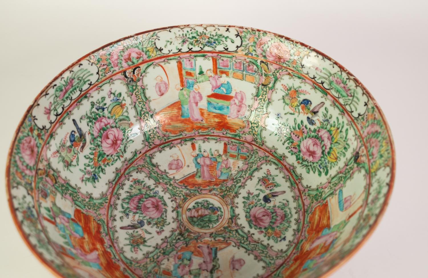 TWENTIETH CENTURY CHINESE FAMILLE ROSE PORCELAIN ROSE BOWL, of slightly flared, footed form, - Image 3 of 4