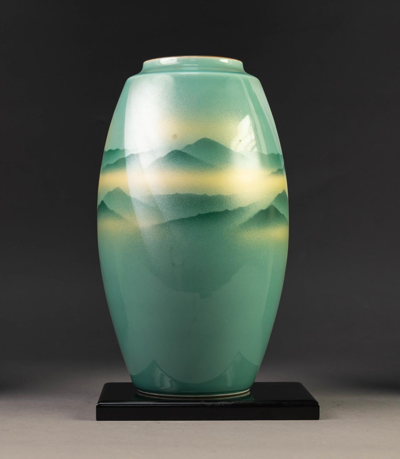MODERN JAPANESE KUTANI WARE PORCELAIN VASE, of ovoid form, decorated in sprayed shades of green - Image 2 of 5