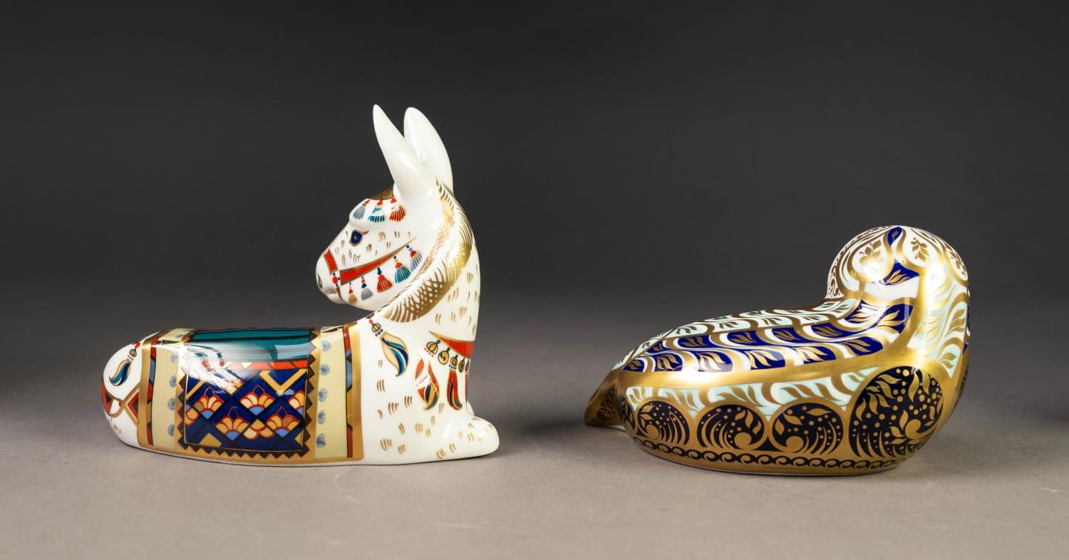 TWO MODERN ROYAL CROWN DERBY IMARI CHINA PAPERWEIGHTS, ?HARBOUR SEAL? and ?DONKEY?, both with gilt - Image 2 of 3