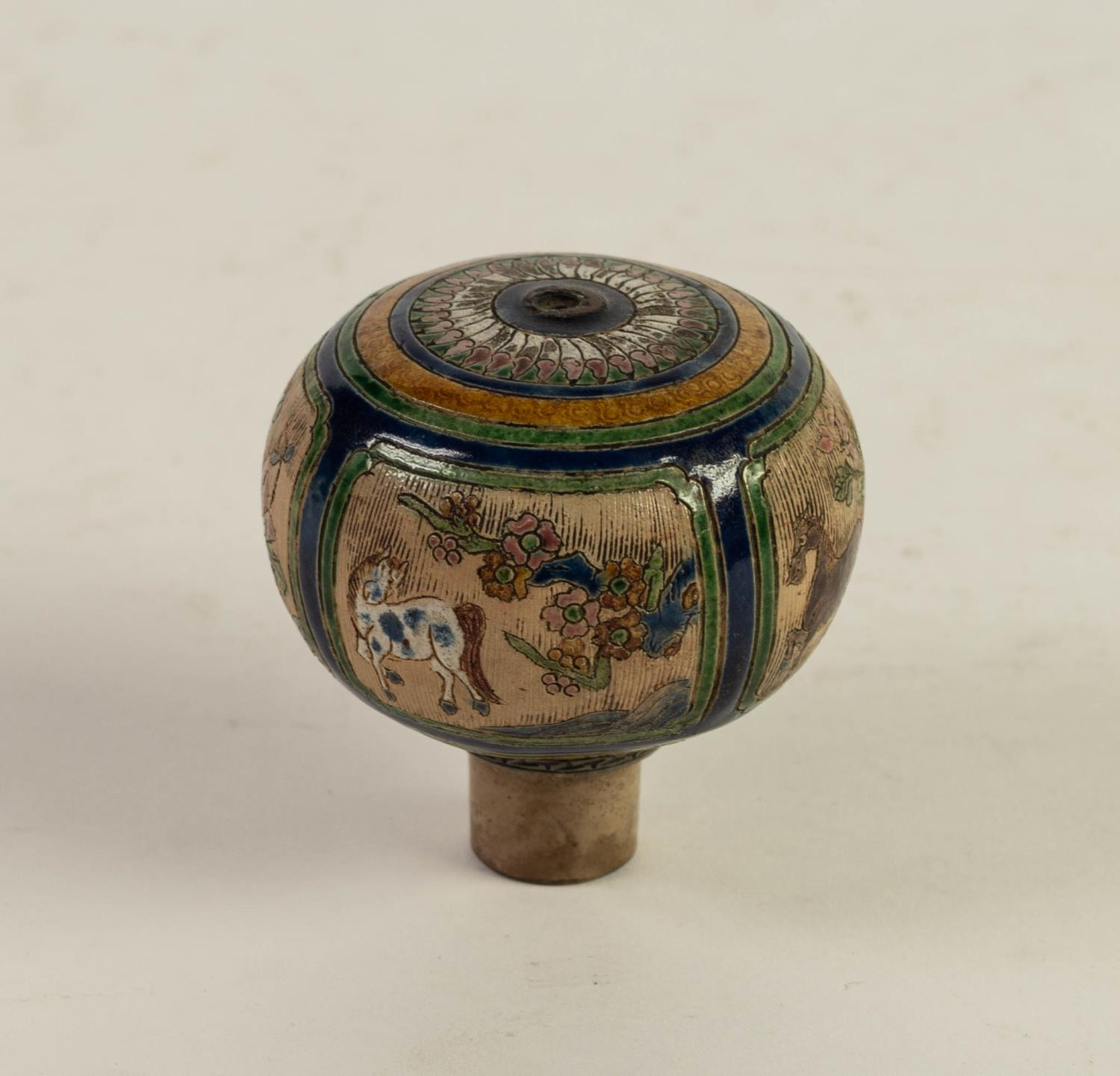 CHINESE QING DYNASTY PORCELANEOUS ORBICULAR KNOB OR FINIAL, incised and enamelled with four panels - Image 2 of 6