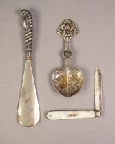 GEORGE IV MOTHER OF PEARL POCKET FRUIT KNIFE WITH SILVER BLADE, Sheffield 1827, together with a