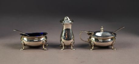 GEORGE V THREE PIECE SILVER CONDIMENT SET, RETAILED BY HANLEY & PIDDUCK, SOUTHPORT, of bellied