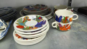 A 21 PIECE VILLEROY AND BOCH 'ACAPULCO' DESIGN PART DINNER AND TEA SERVICE (21)