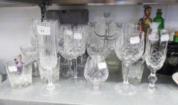 A MODERN VILLEROY AND BOCH CLEAR GLASS FOUR LIGHT TRIPLE BRANCH CANDELABRUM, IN BOX, ALSO THREE OVAL