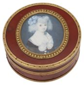 A late 18th/early 19th century French red lacquered box