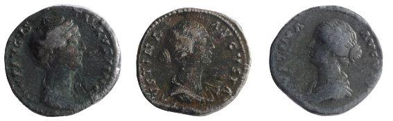 Faustina AE SestertiusRome, Struck 141 ADDIVA AVGVSTA FAVSTINA: Bust of Faustina I, draped, right,