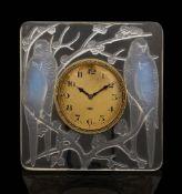 An R. Lalique 'Inseparables' opalescent clock