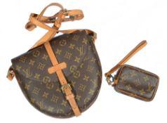 A Louis Vuitton vintage Chantilly crossbody bag in monogram canvas