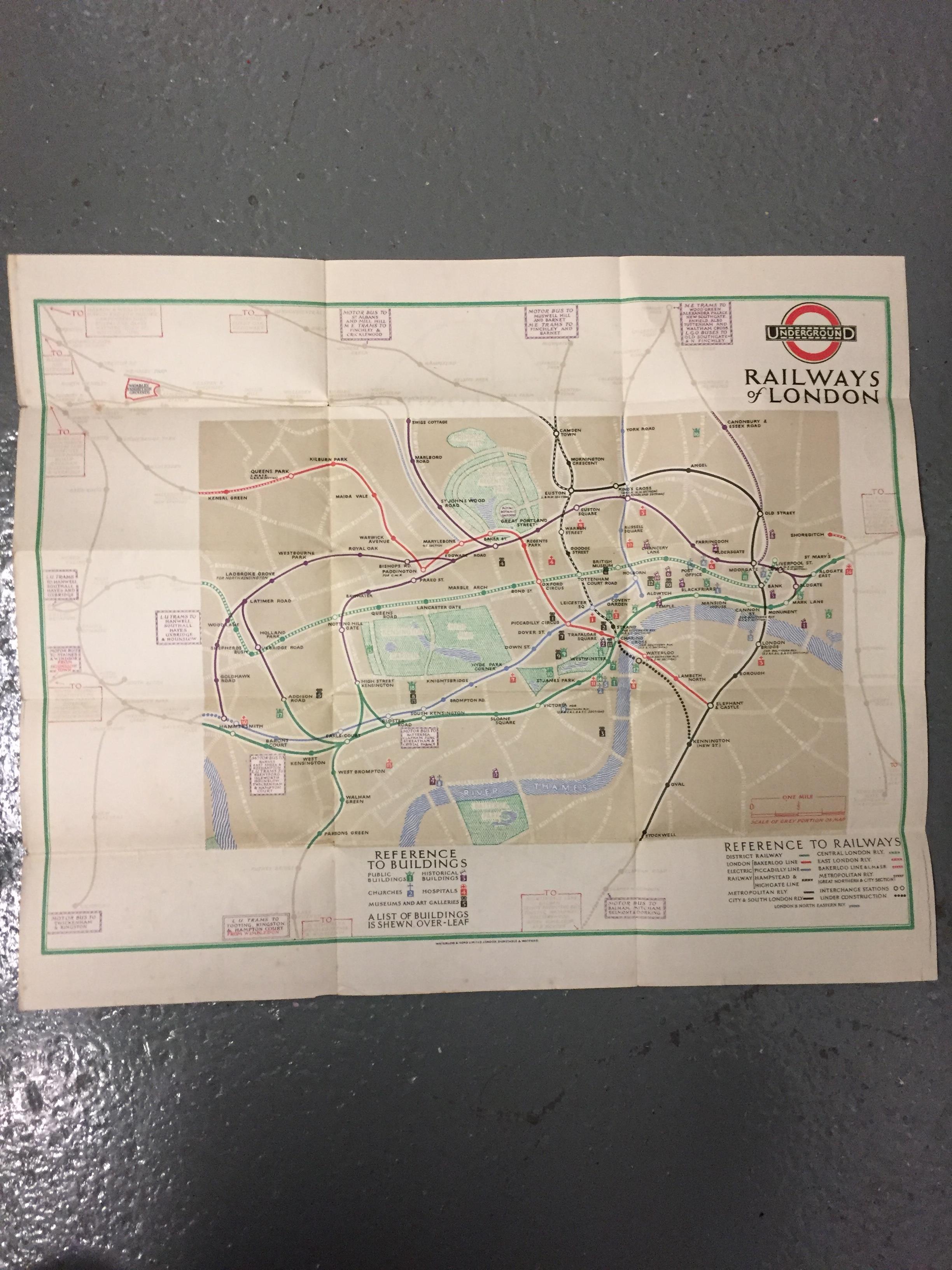 Nine 1910/20s folding pocket maps for London transport,comprising a 1916 General Omnibus Map of some - Image 15 of 15