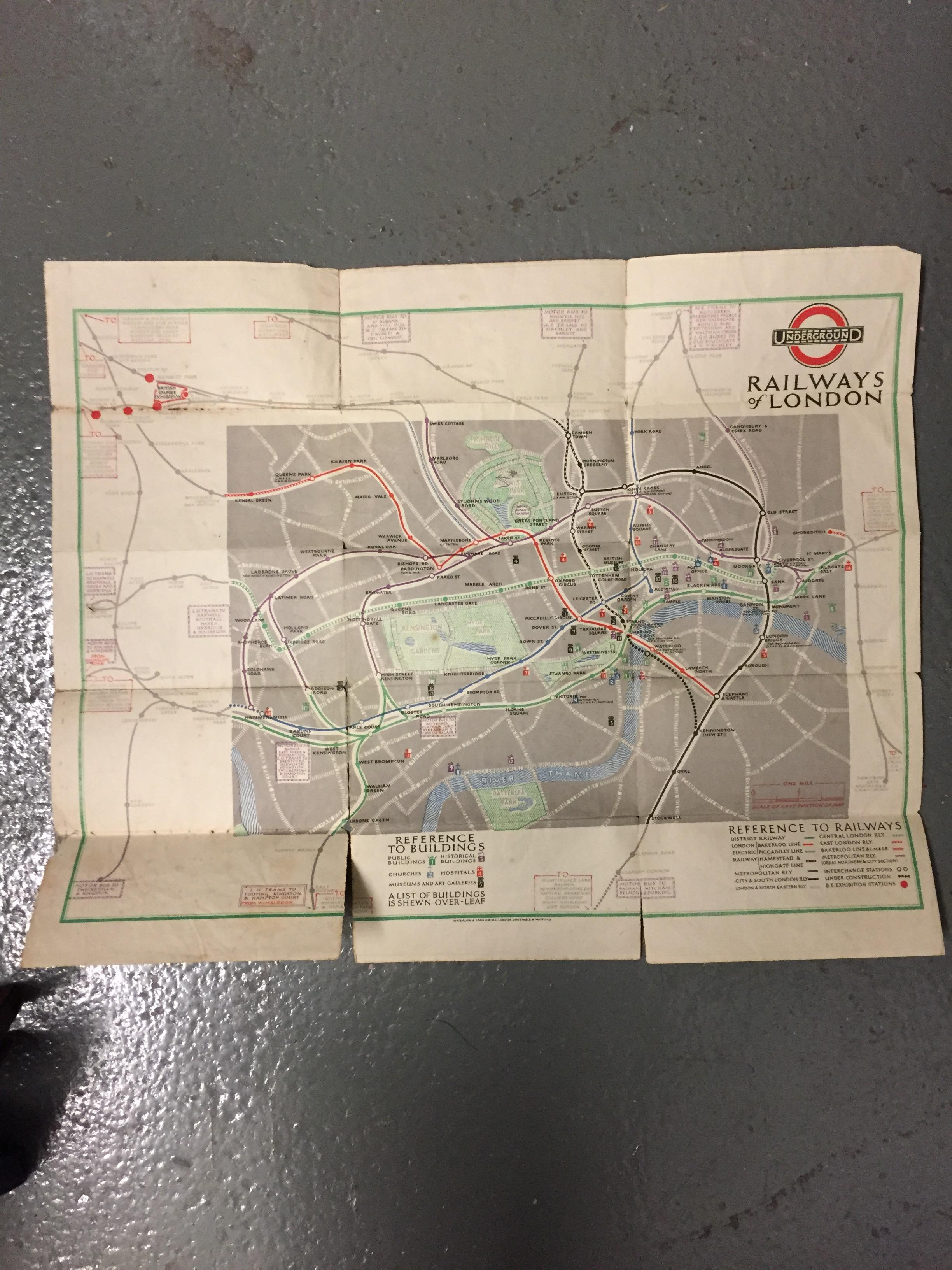 Nine 1910/20s folding pocket maps for London transport,comprising a 1916 General Omnibus Map of some - Image 11 of 15