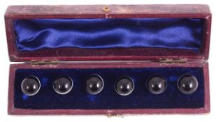 A Victorian set of banded agate buttons