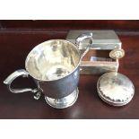 IRISH SILVER SMALL CUP, DUBLIN 1893, APPROXIMATELY 80g, ALSO SILVER CIGARETTE BOX AND UNHALLMARKED