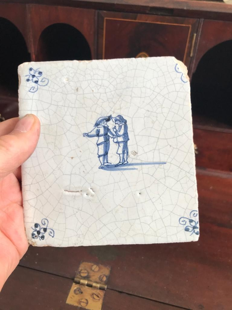 THREE EARLY DUTCH DELFT TILES, TWO APPROXIMATELY 12.5cm, ONE APPROXIMATELY 10.5 x 12.5m - Image 3 of 4