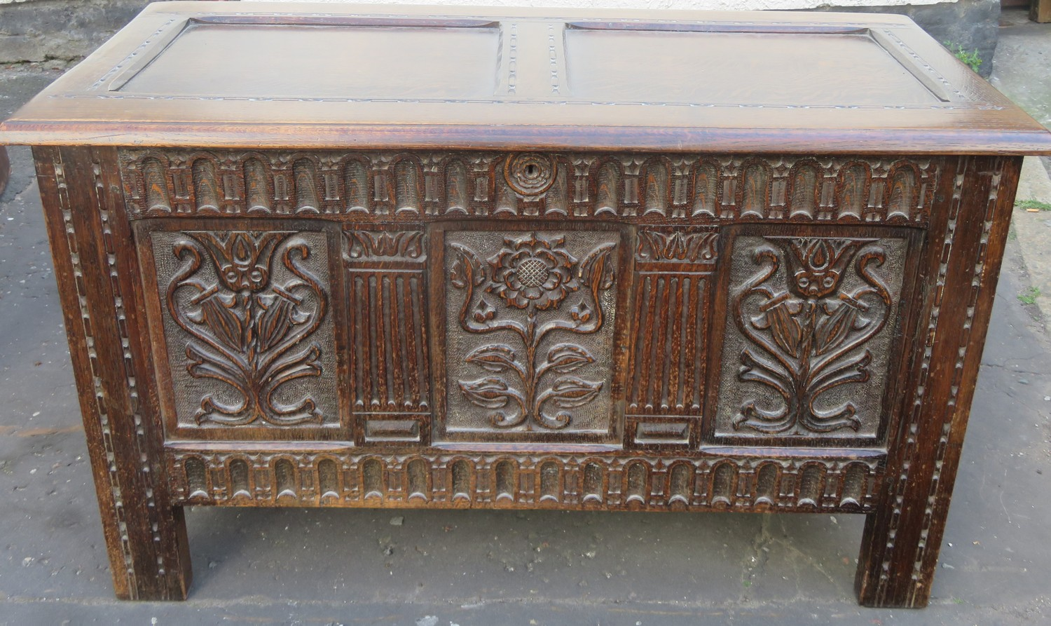 Heavily carved early 20th century oak blanket chest. Approx. 64cms H x 106cms W x 51cms D