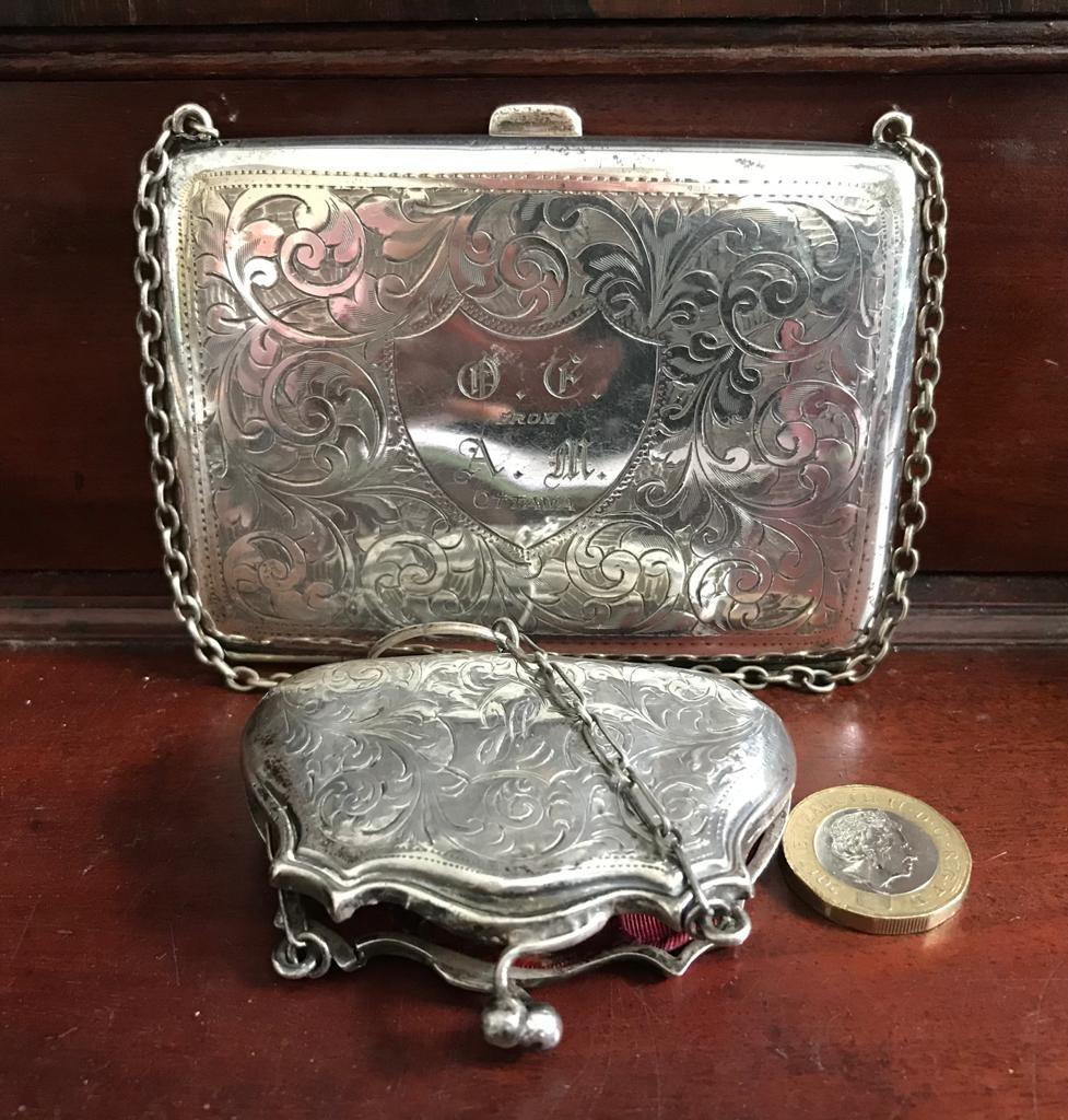 SMALL SILVER PURSE AND CHAIN, BIRMINGHAM 1915, ALSO PLATED CARD BOX/PURSE