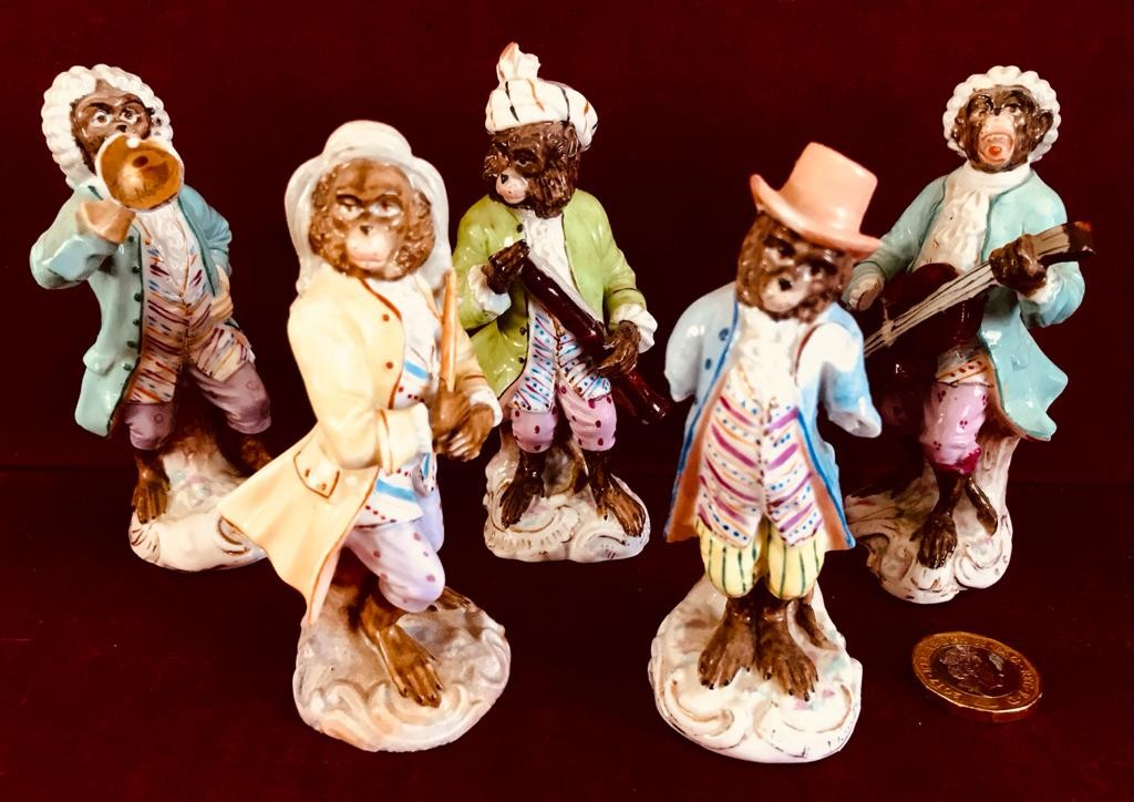 FIVE CONTINENTAL PORCELAIN FIGURES FROM 'THE MONKEY BAND', APPROXIMATELY 10cm HIGH