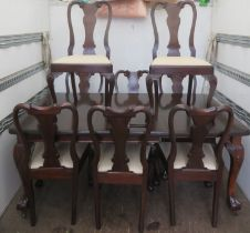 20th century pie crust edged mahogany wind out dining table with one leaf, Approx. 76cms H x