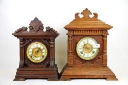Two 19th Century mantle clocks, tallest H. 42cm.
