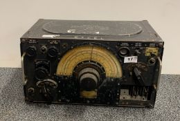 A military communications receiver type R1155.