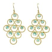 A pair of 925 silver gilt drop earrings set with blue topaz, L. 6cm.