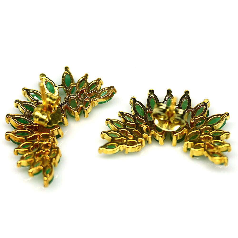 A pair of 925 silver gilt earrings set with marquie cut emeralds, L. 2.5cm. - Image 2 of 2