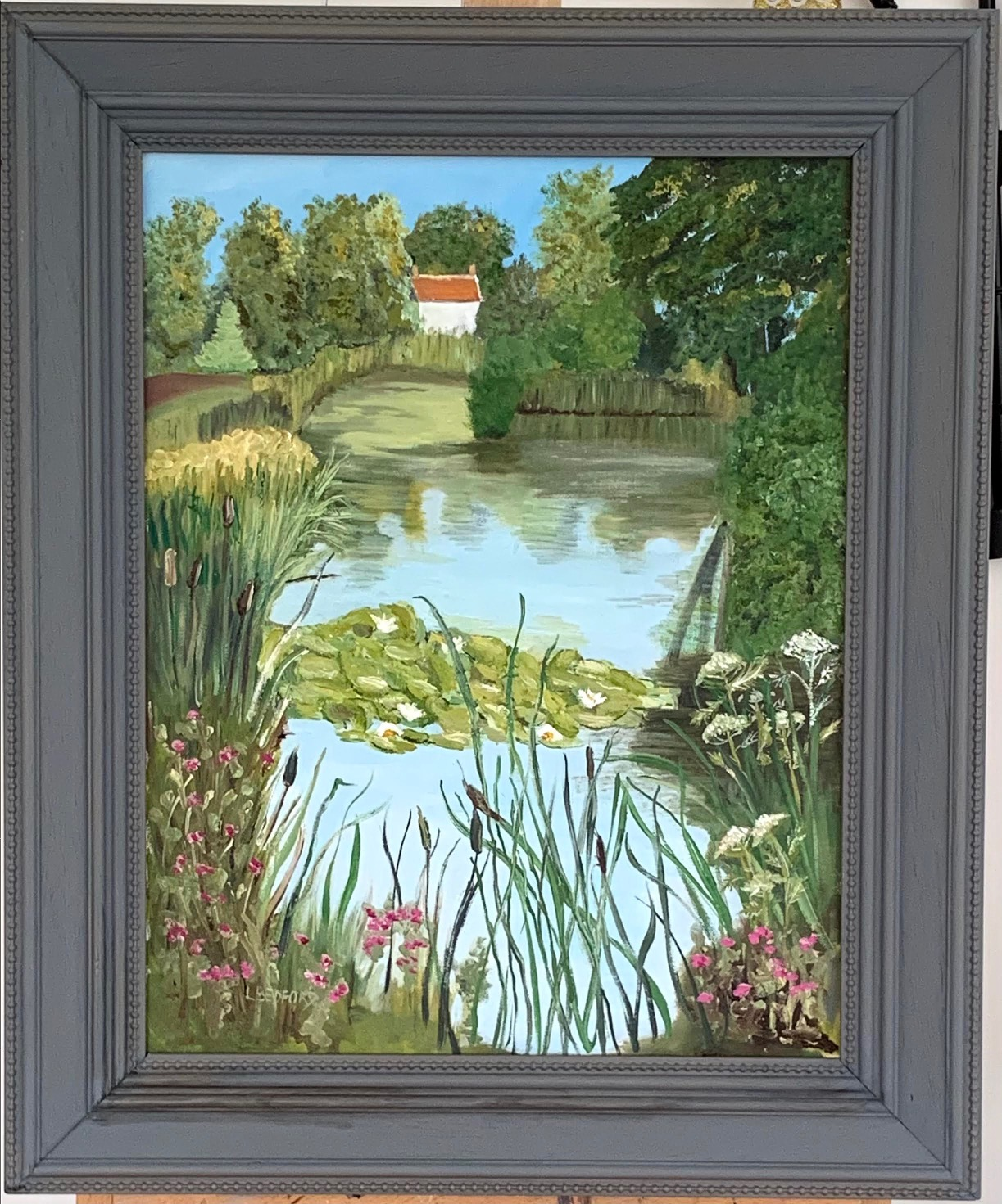 Linda Bedford is a Self taught artist known for her fresh looking everyday scenes. She exhibits