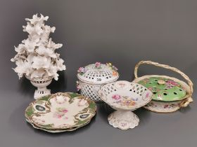 A group of porcelain items including a Losol ware posie basket (A/F).