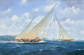 δ DAVID BRACKMAN (BRITISH, 1932-2008) : 'White Heather' off Cowes, Isle of Wight, circa 1910