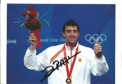 Olympics Jose Luis Abajo signed 6x4 colour photo of the Olympic Bronze Medallist in the Epee Fencing
