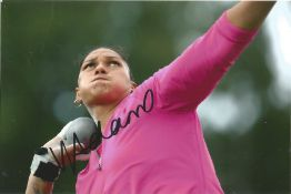 Olympics Valerie Adams signed 6x4 colour photo of the Olympic Gold Medallist in the shot put at