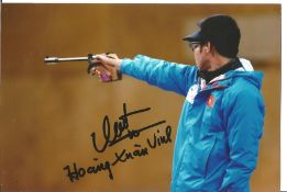 Olympics Hoan Xuan Vinh signed 6x4 colour photo of the Gold and Silver Medallist in the shooting