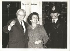 Harold Wilson signed 8 x 6 inch b/w photo on steps of 10 Downing Street with his wife. Good