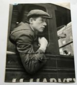 John Hurt signed vintage 10 x 8 inch b/w still photo from 10 Rilington Place. Few dings condition.
