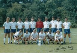 Autographed Ricky Villa 12 X 8 Photo Col, Depicting A Stunning Image Showing The 1981 Fa Cup Winners