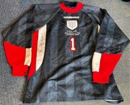 Football David Seaman signed England World Cup France 1998 replica Goalkeeper shirt XL. Good