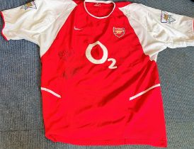 Football Ashley Cole signed Arsenal shirt signature on front and on number on the back size large.