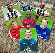 Football collection 7 signed 6x4 assorted colour photos names include Phillip Neville, Nigel Reo