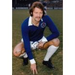 Autographed FRANK WORTHINGTON 12 x 8 photo - Col, depicting the Leicester City centre-forward