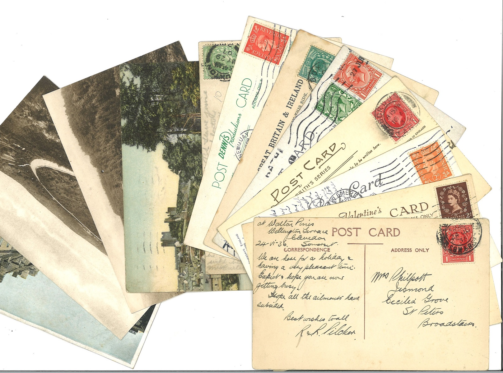 Collection over 100 Vintage Postcards some of which with Messages and Stamps 1930s 1940s 1950s. Good
