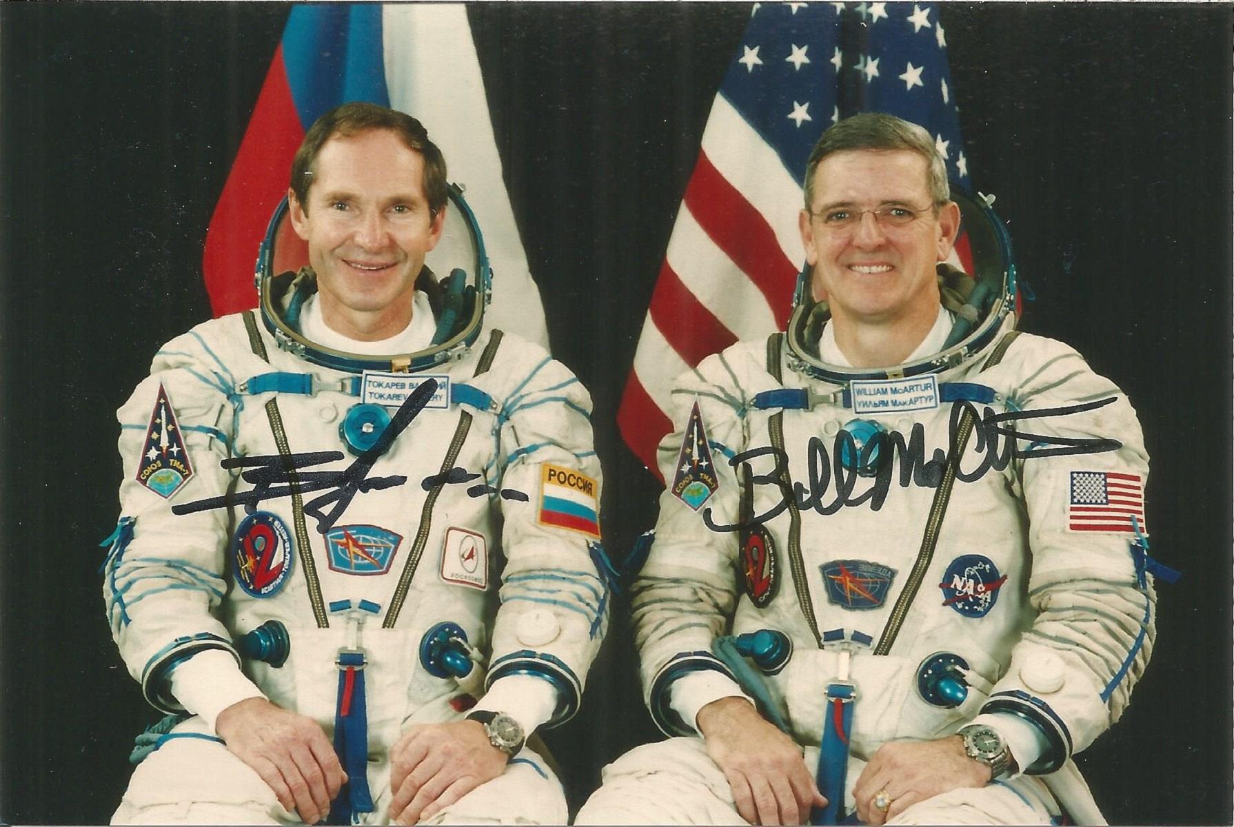 Valeri Tokarev Russian Soyuz Cosmonaut and William McArthur American Soyuz Cosmonaut signed 6 x 4