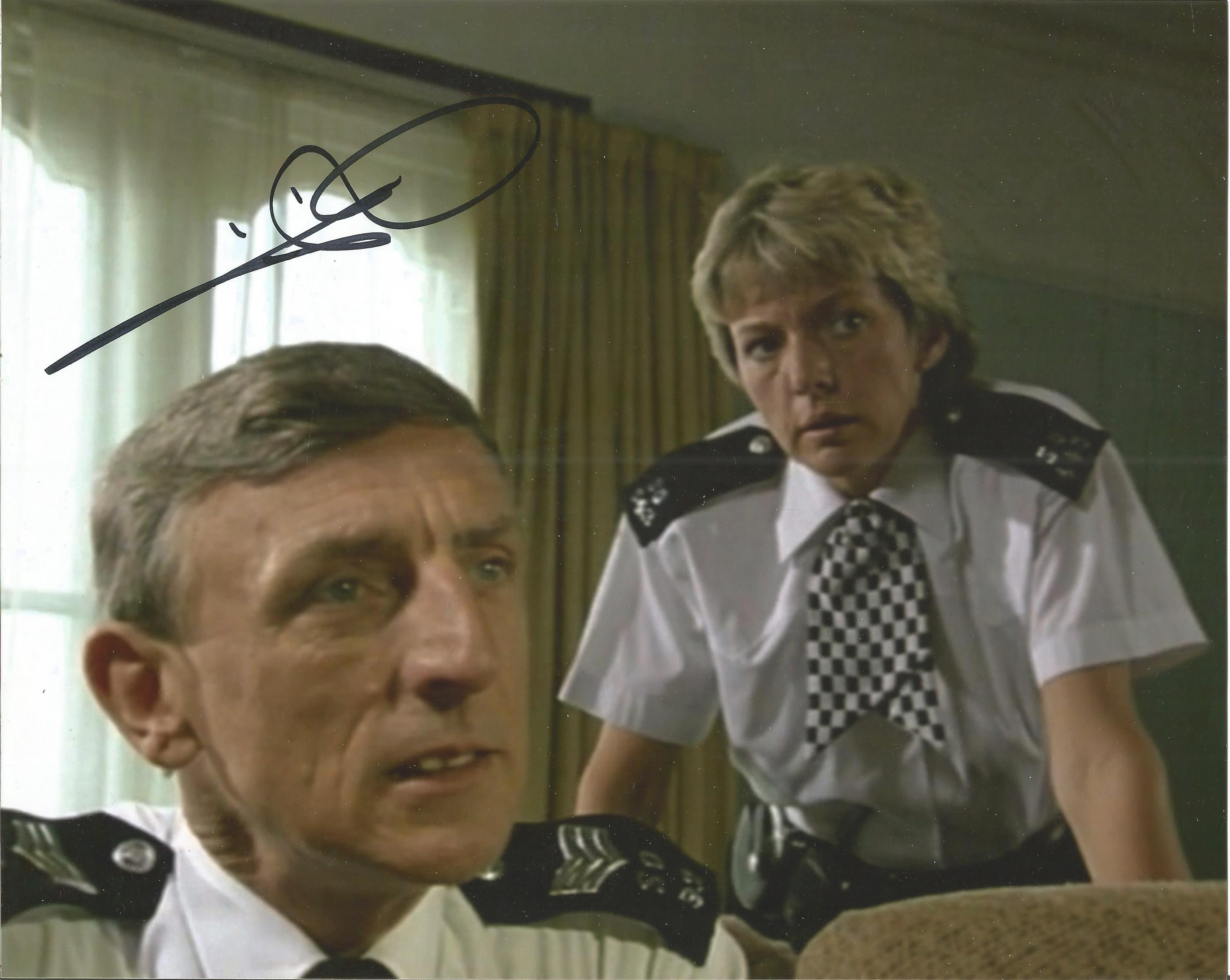 Eric Richard signed 10x8 colour image. Taken from his time on hit British television show The