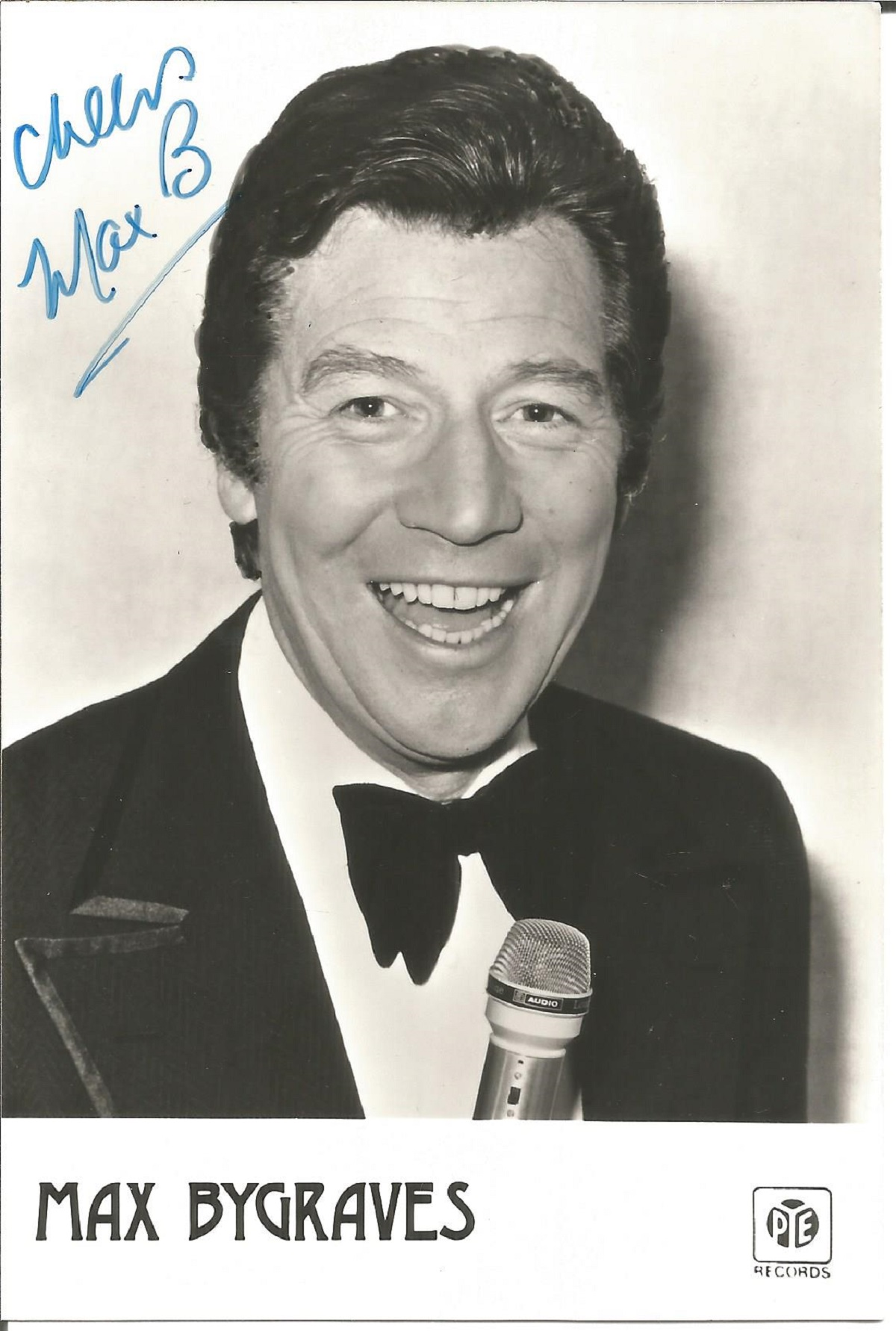 Max Bygraves signed 6x4 black and white photo. Good Condition. All autographs come with a. Good