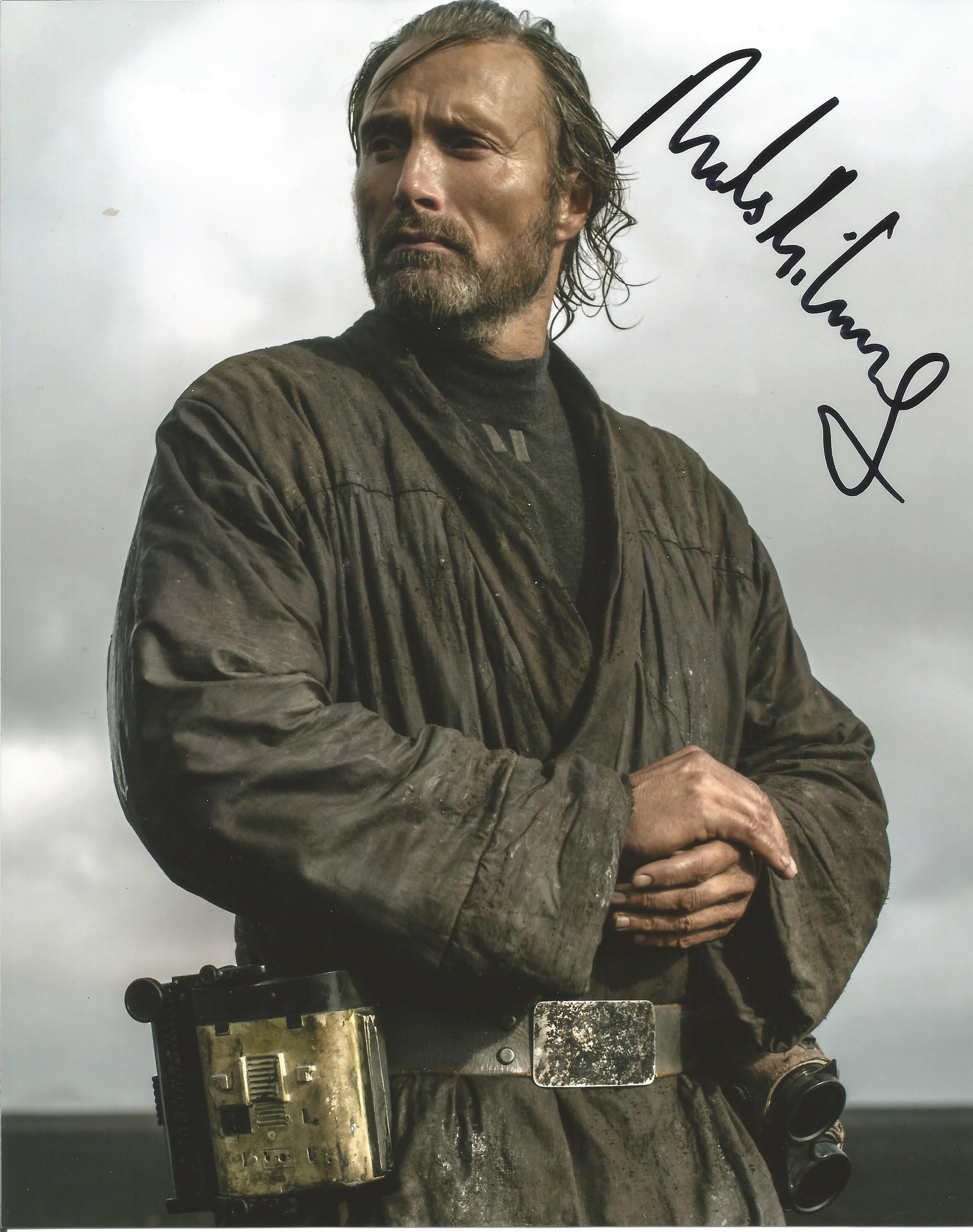 Mads Mikkelsen signed 10x8 colour photograph pictured as he portrays Galen Walton Erso in the 2016